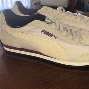 PUMA Women's Casual Runner size 7.5